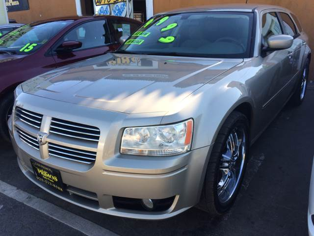 2008 Dodge Magnum for sale at Los Primos Auto Plaza in Brentwood CA
