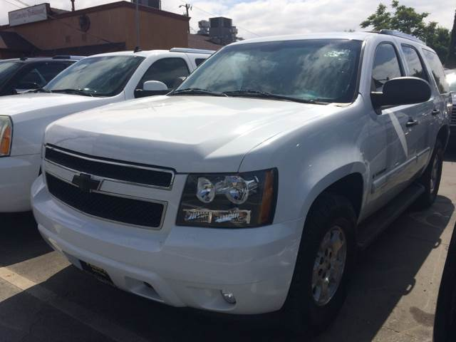2008 Chevrolet Tahoe for sale at Los Primos Auto Plaza in Brentwood CA