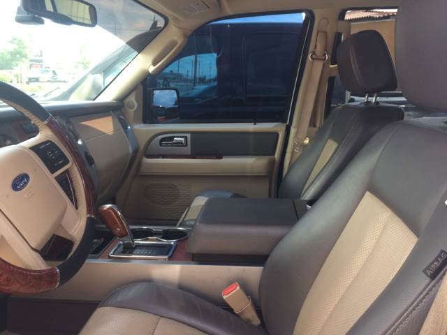 2007 Ford Expedition for sale at Los Primos Auto Plaza in Brentwood CA