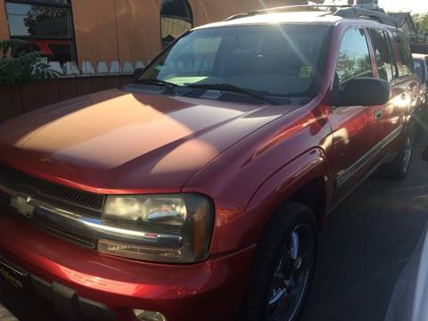 2002 Chevrolet TrailBlazer for sale at Los Primos Auto Plaza in Brentwood CA