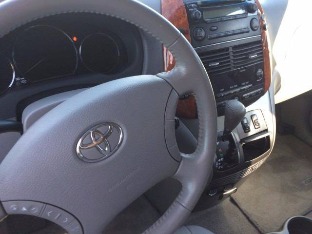 2007 Toyota Sienna for sale at Los Primos Auto Plaza in Brentwood CA