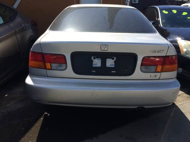 1997 Honda Civic for sale at Los Primos Auto Plaza in Brentwood CA