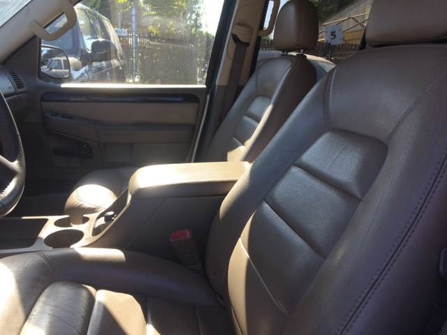 2004 Ford Explorer for sale at Los Primos Auto Plaza in Brentwood CA
