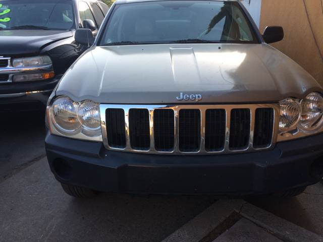 2006 Jeep Grand Cherokee for sale at Los Primos Auto Plaza in Brentwood CA