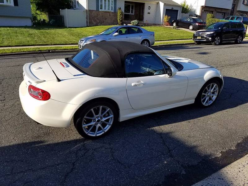 2009 Mazda MX-5 Miata for sale at KNS Auto LLC in Hasbrouck Heights NJ