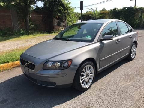 2005 Volvo S40 for sale at KNS Auto LLC in Hasbrouck Heights NJ