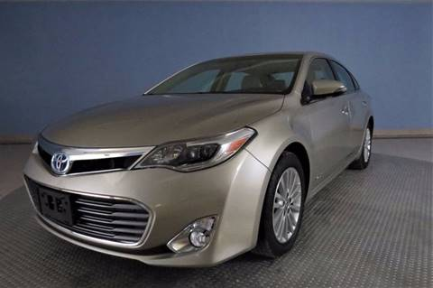 2014 Toyota Avalon Hybrid for sale in Chatham, IL