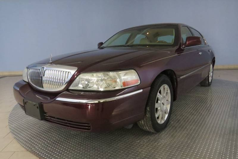 2007 Lincoln Town Car Signature Limited 4dr Sedan In Chatham Il