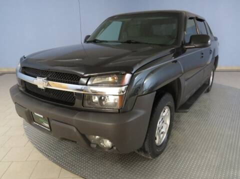 2003 Chevrolet Avalanche for sale at Hagan Automotive in Chatham IL