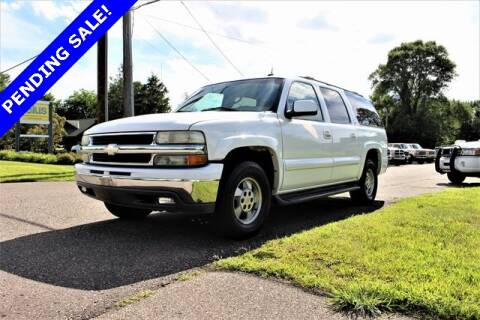 2002 Chevrolet Suburban for sale at St. Croix Classics in Lakeland MN