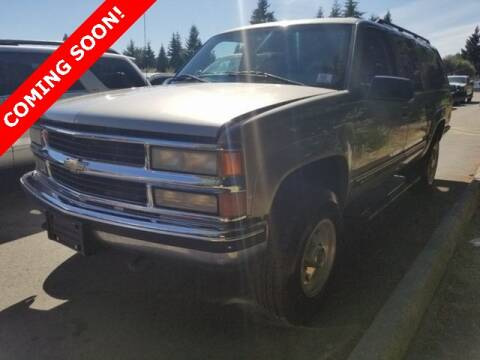 1999 Chevrolet Suburban for sale at St. Croix Classics in Lakeland MN