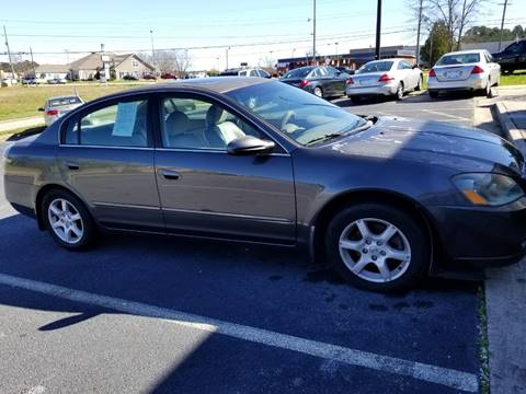 2006 Nissan Altima for sale at DDN & G Auto Sales in Newnan GA