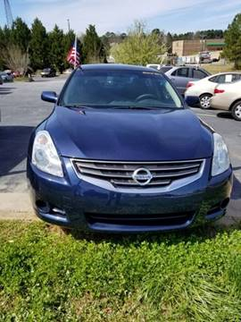 2010 Nissan Altima for sale at DDN & G Auto Sales in Newnan GA