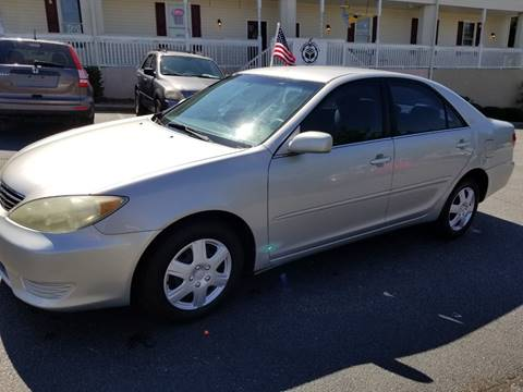 2006 Toyota Camry for sale at DDN & G Auto Sales in Newnan GA