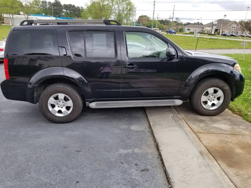 2008 Nissan Pathfinder for sale at DDN & G Auto Sales in Newnan GA