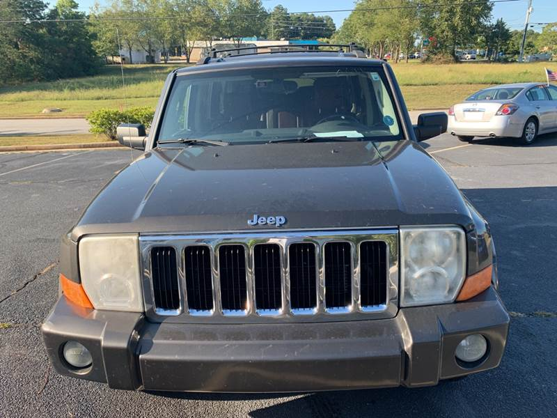 2006 Jeep Commander for sale at DDN & G Auto Sales in Newnan GA