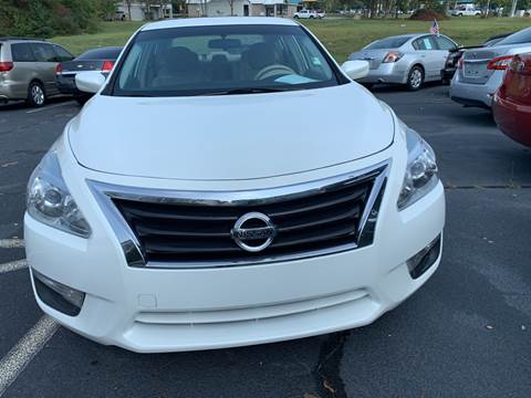 2013 Nissan Altima for sale at DDN & G Auto Sales in Newnan GA