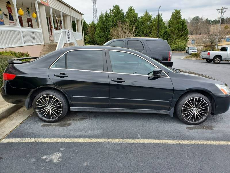 2005 Honda Accord for sale at DDN & G Auto Sales in Newnan GA