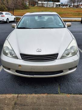 2004 Lexus ES 330 for sale at DDN & G Auto Sales in Newnan GA
