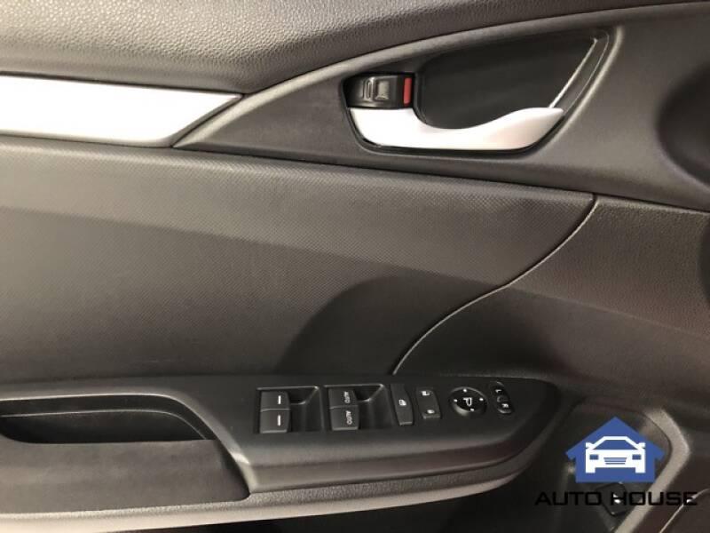 2019 Honda Civic LX (image 7)