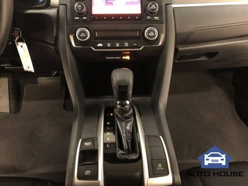 2019 Honda Civic LX (image 17)