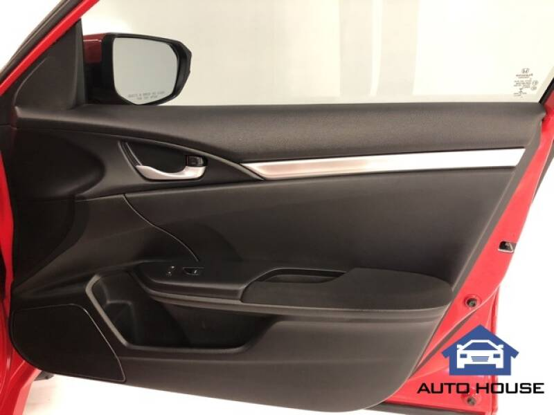 2019 Honda Civic LX (image 23)