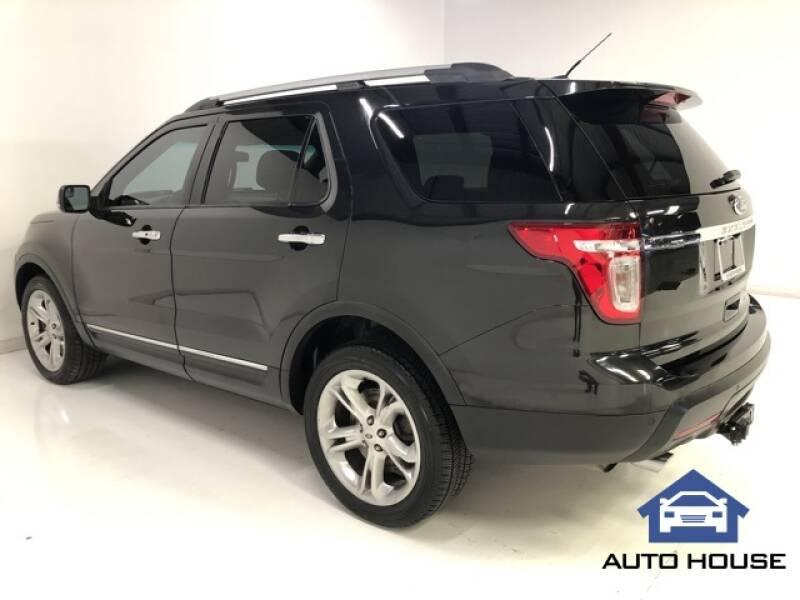 2015 Ford Explorer Limited (image 5)