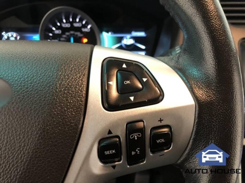 2015 Ford Explorer Limited (image 13)