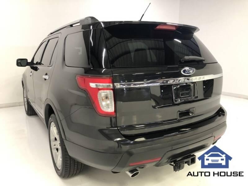 2015 Ford Explorer Limited (image 24)