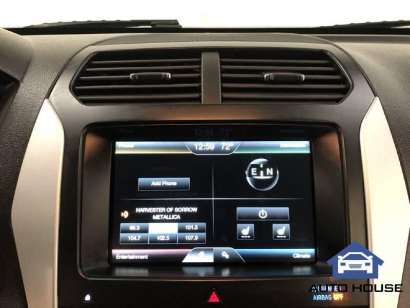 2015 Ford Explorer Limited (image 16)