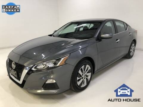 2019 Nissan Altima for sale at Auto House Phoenix in Peoria AZ