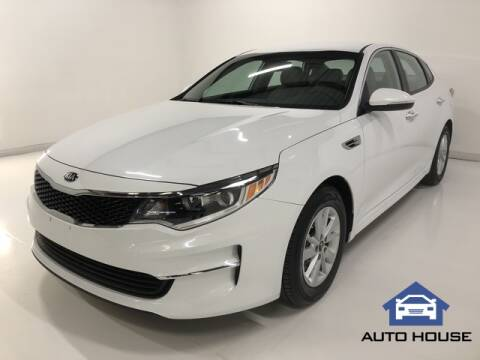 2018 Kia Optima for sale at Auto House Phoenix in Peoria AZ