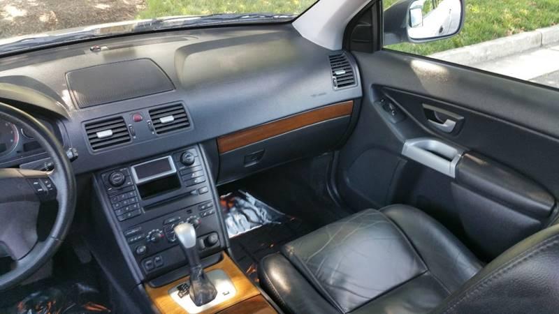2004 Volvo XC90 AWD 4dr T6 Turbo SUV - Winchester VA