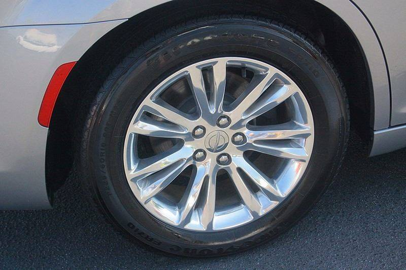 2016 Chrysler 300 for sale at Tarheel Auto Sales Inc. in Rocky Mount NC