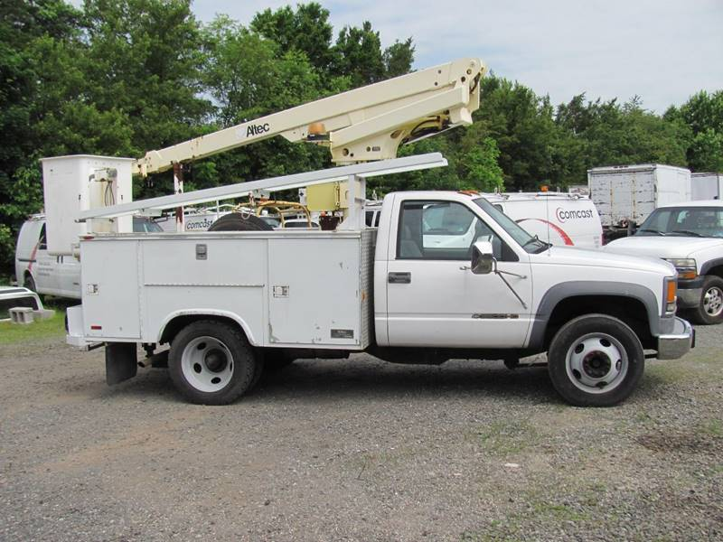 2000 Chevrolet Cc3 bucket truck In Branchburg NJ - COLONIAL