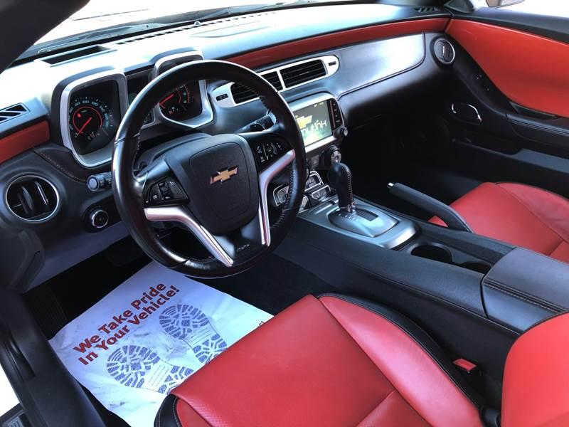 2014 Chevrolet Camaro SS (image 22)