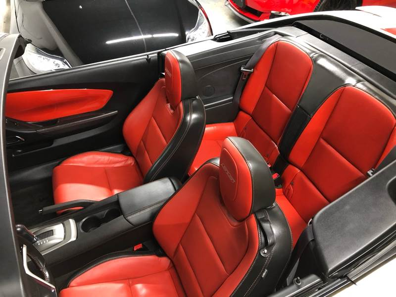 2014 Chevrolet Camaro SS (image 40)