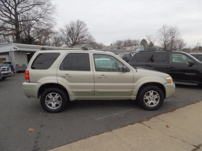 2005 Ford Escape AWD Limited 4dr SUV - West Collingswood NJ