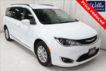 2017 Chrysler Pacifica for sale in Des Moines, IA