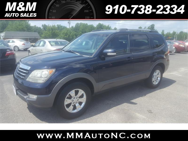 2009 Kia Borrego for sale at M and M Auto Sales in Lumberton NC
