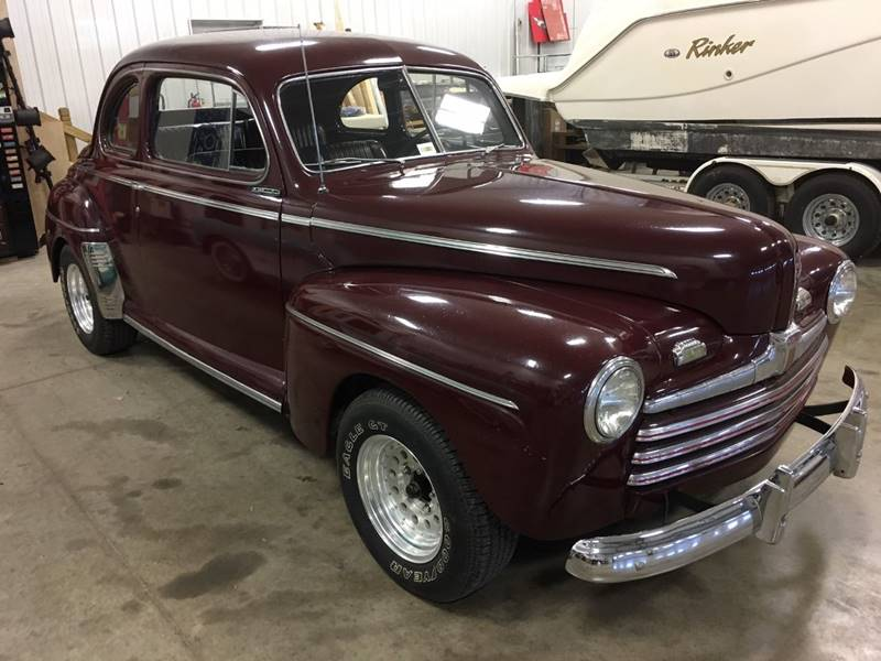 1946 Ford Deluxe for sale at Gary Miller's Classic Auto in El Paso IL