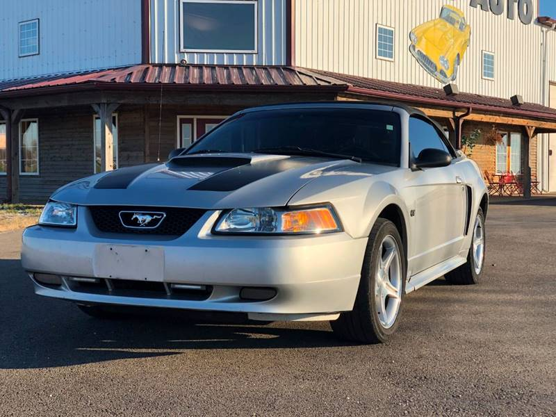 2000 ford mustang gt in el paso il gary miller 39 s classic auto. Black Bedroom Furniture Sets. Home Design Ideas