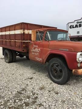 1957 Ford F600 2ton Grain Truck for sale in El Paso, IL