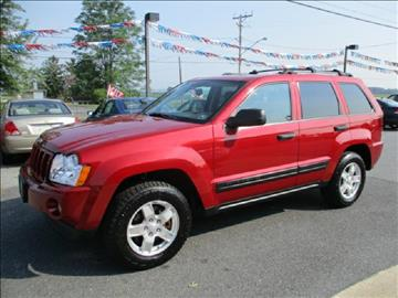 2005 Jeep Grand Cherokee for sale at FINAL DRIVE AUTO SALES INC in Shippensburg PA