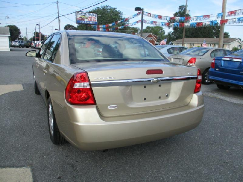 2006 Chevrolet Malibu for sale at FINAL DRIVE AUTO SALES INC in Shippensburg PA