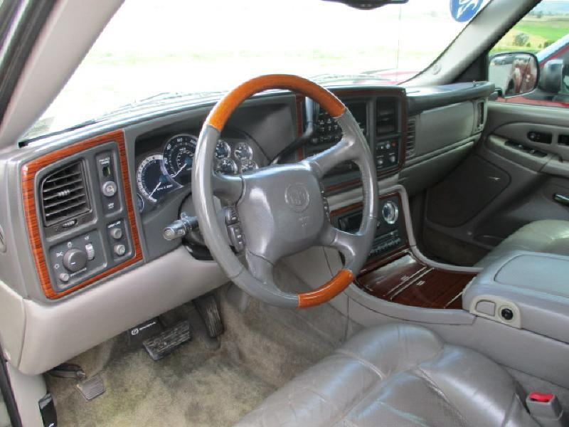 2002 Cadillac Escalade EXT for sale at FINAL DRIVE AUTO SALES INC in Shippensburg PA