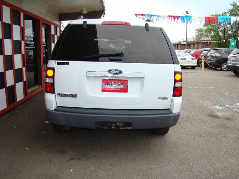 2006 Ford Explorer for sale at GATEWAY AUTO in Lakewood CO