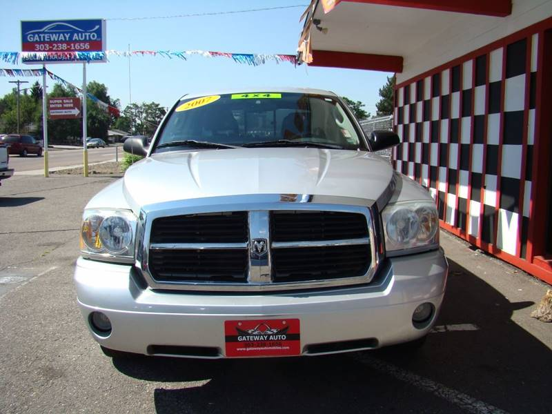 2007 Dodge Dakota for sale at GATEWAY AUTO in Lakewood CO