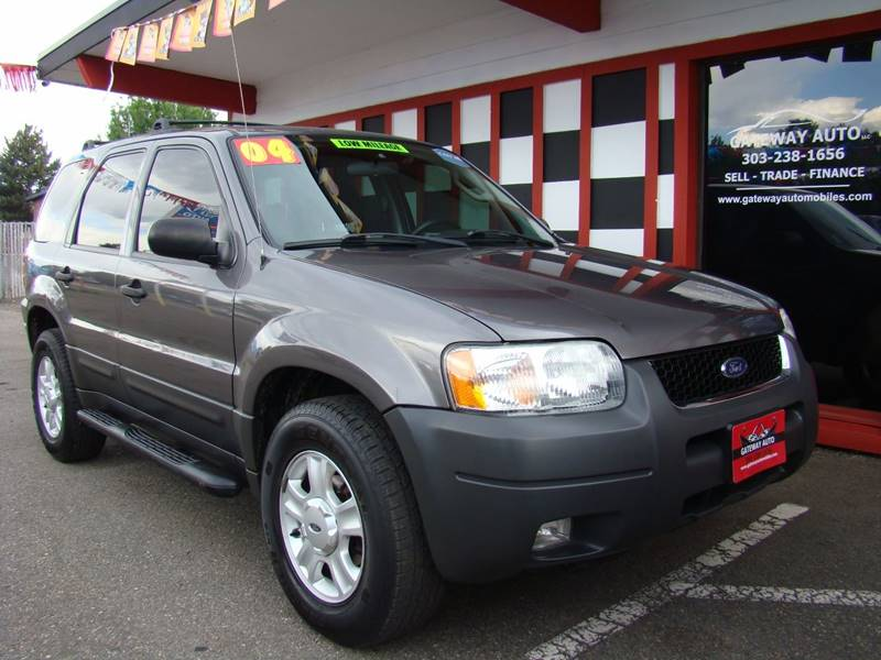 2004 Ford Escape for sale at GATEWAY AUTO in Lakewood CO