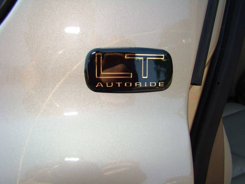 2005 Chevrolet Tahoe for sale at GATEWAY AUTO in Lakewood CO